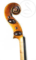 A Good Mittenwald Violin scroll photo