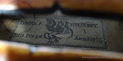 Thomas Hulinzky Violin label
