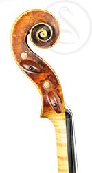Thomas Hulinzky Violin scroll photo