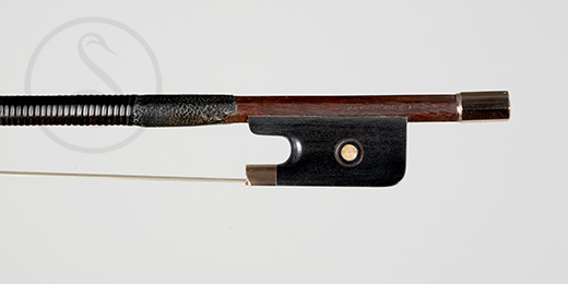 EA Ouchard Violin Bow