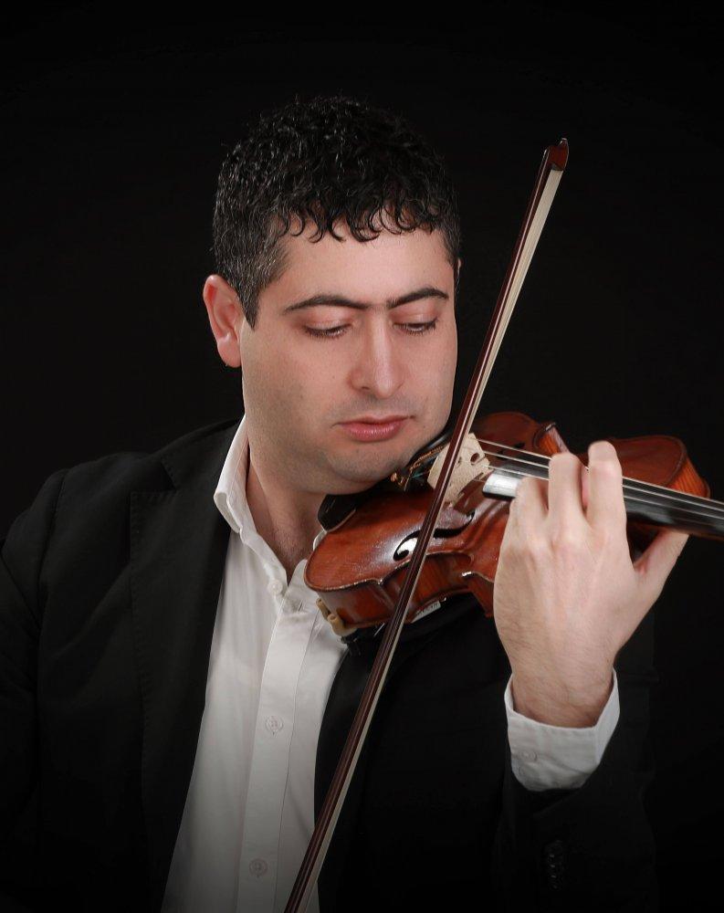 Michel el Murr, violinist