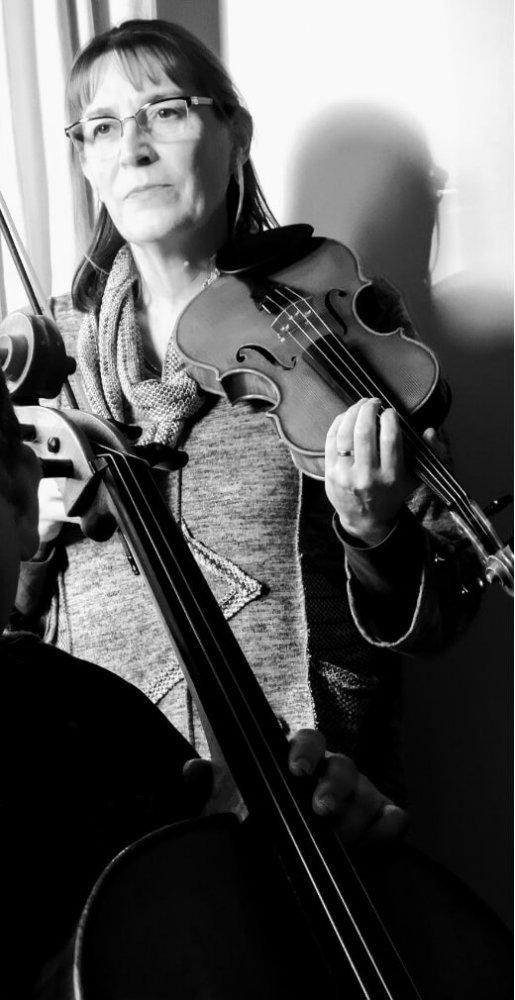Zia Roberts, violinist